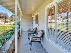 West Linn Oregon home selling